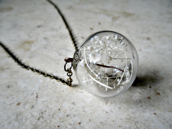 HL babys breath terrarium necklace
